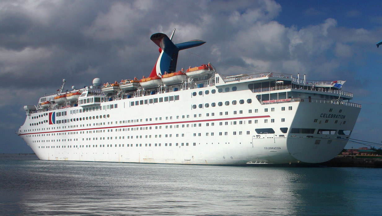 newspaper articles or blog posts regarding holiday cruise ships